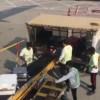 VIDEO: Nhân viên sân bay ném hành lý của khách như đồ bỏ đi