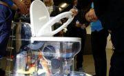 Bồn cầu kiểu mới của Bill Gates không cần đến nước, xử lý chất thải không để lại mùi, có thể tách nước khỏi phân