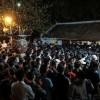 Đi chùa cầu tiền và quyền: người nước ngoài thấy mà 'sốc'
