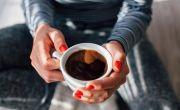 Cà phê hoàn toàn không có hại nếu tiêu thụ ít hơn 6 tách mỗi ngày