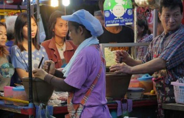 Người Việt định cư trời Tây, giấc mơ xen lẫn những giọt nước mắt