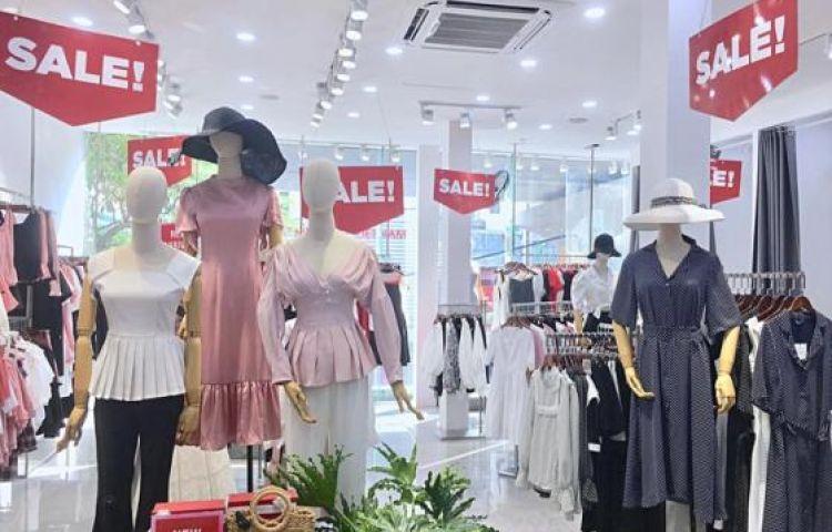 Thế nào là shopping khôn ngoan: Là tranh thủ đợt sale cuối hè mà sắm ngay đồ cho thu tới!