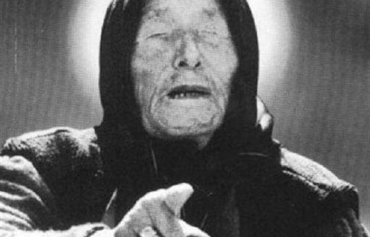 Lặng người nghe nhà tiên tri mù Vanga dự đoán về năm 2020