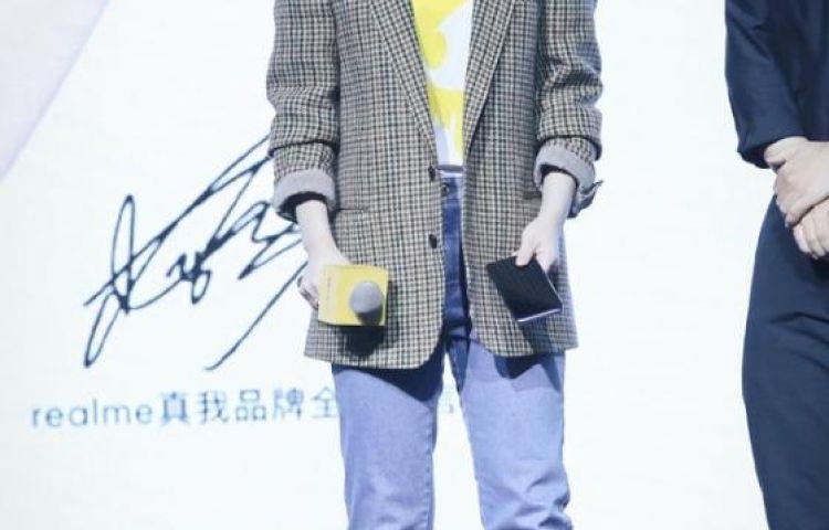 Dương Tử bị soi hình ảnh trước và sau khi chỉnh sửa: Nhan sắc thật được tiết lộ hay lỗi do stylist?