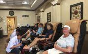 Định cư ở Mỹ và nghề nail: Thiên đường trên tay mình!
