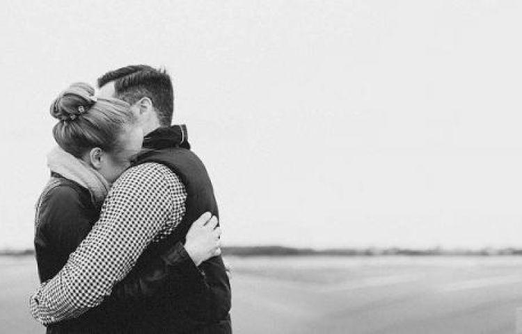 Tình nghĩa vợ chồng, xúc động câu chuyện về một tình yêu đích thực