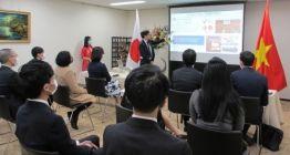https://www.kenh7.net/thumb/thumb.php?src=/images/stories/content/2021/08/12/1_du-hoc-sinh-viet-nam-nhi-bang-tai-nhat-ban.jpg&w=262&h=140&zc=1&q=80&a=c