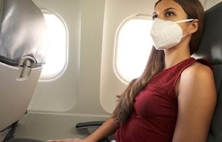 4 cách giữ an toàn khi đi máy bay trong dịch Covid-19