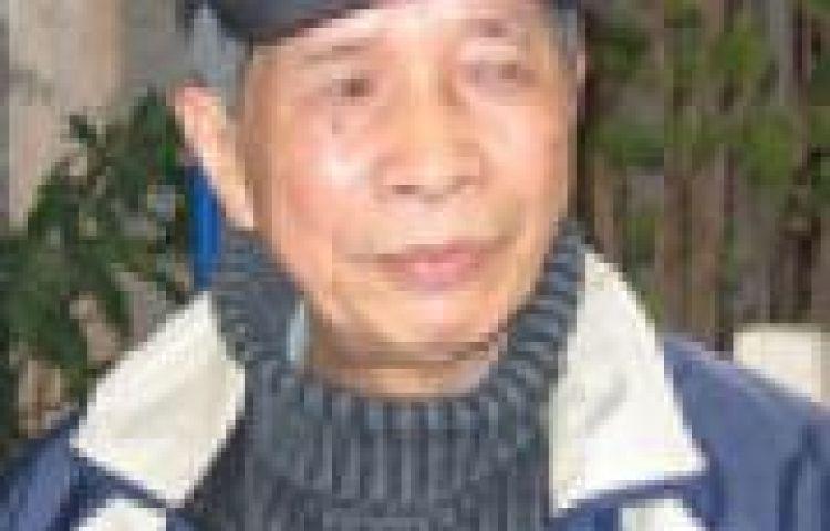 Nhà văn Nguyễn Bản với Ánh Trăng